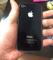 Срочно продам качественный Iphone 4s